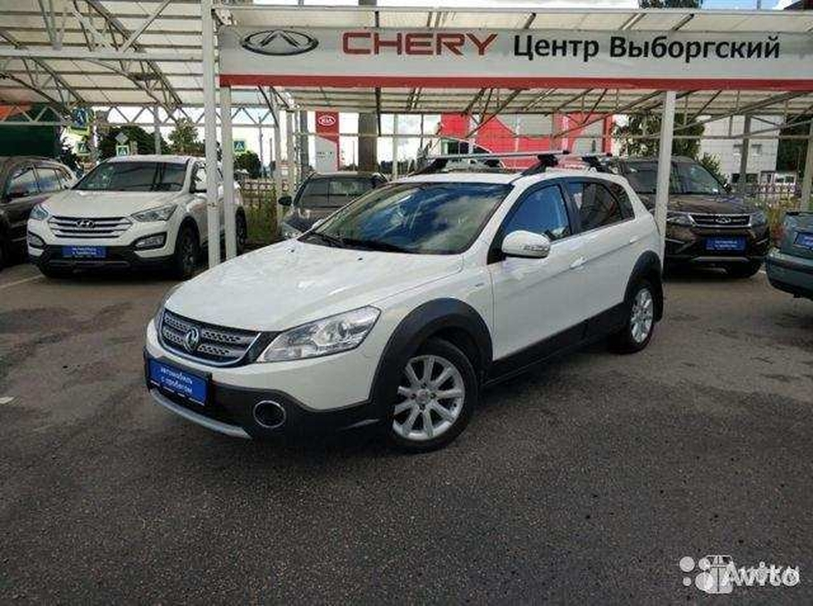 Продажа б/у DongFeng H30 Cross (Донг Фенг Н30 Кросс) Luxury 1.6 AT 2016 в Санкт-Петербурге за 439000 Р